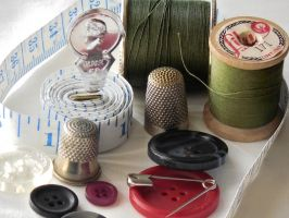 Sewing Accessories Must-Haves For Every Sewing Blogger
